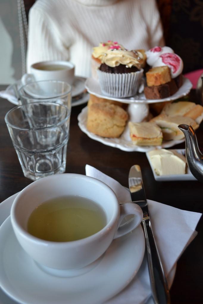 study_abroad_London_Tea