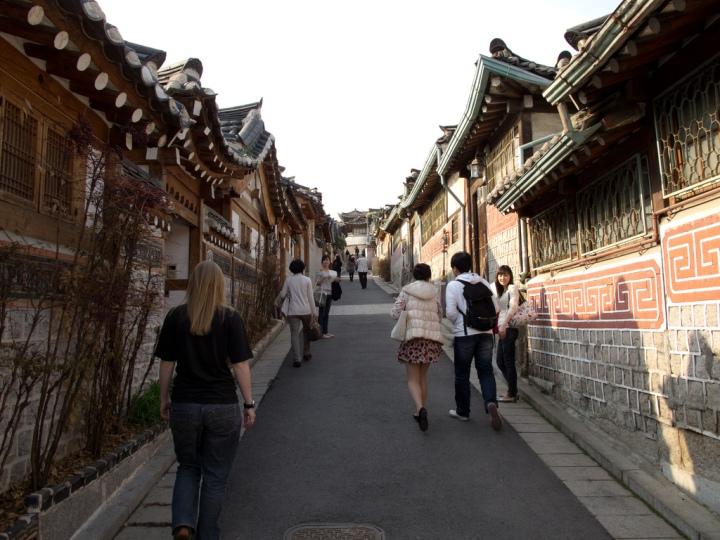 study_abroad_isa_seoul_bukchon_hanok_village