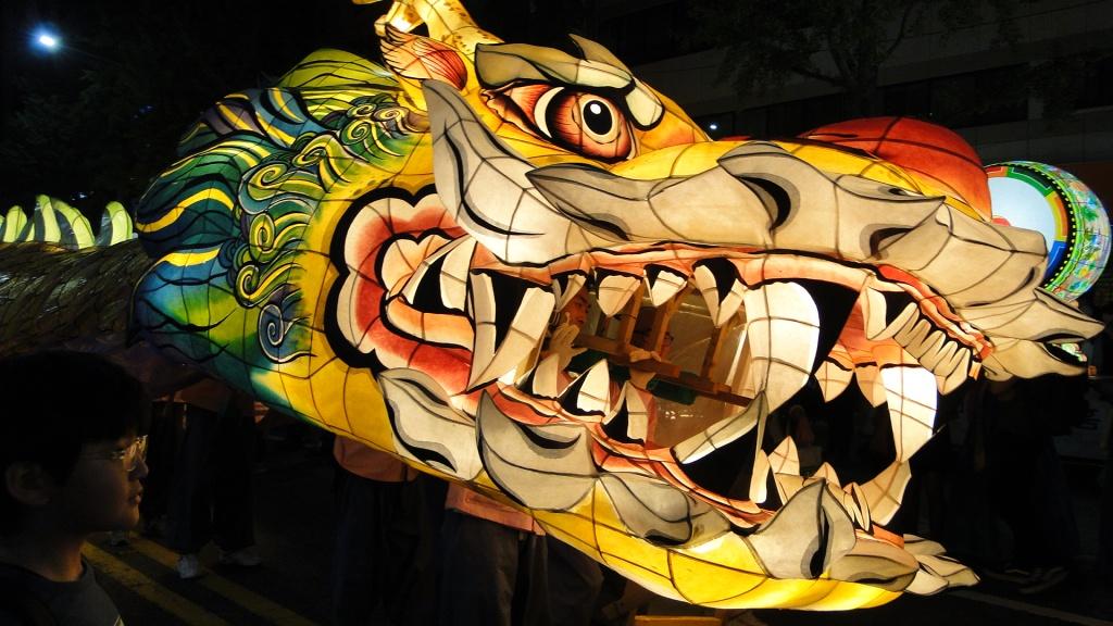 five_spring_festivals_south_korea_lotus_lantern