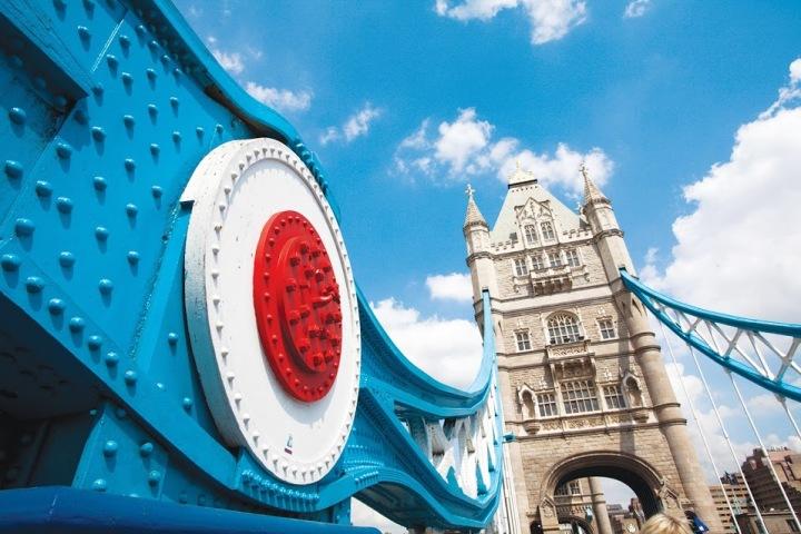 isa_study_abroad_london_towerbridge