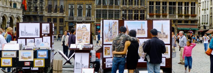 Brussels.Belgium.2012.Looking-at-the-Real-Thing.jpg_lg