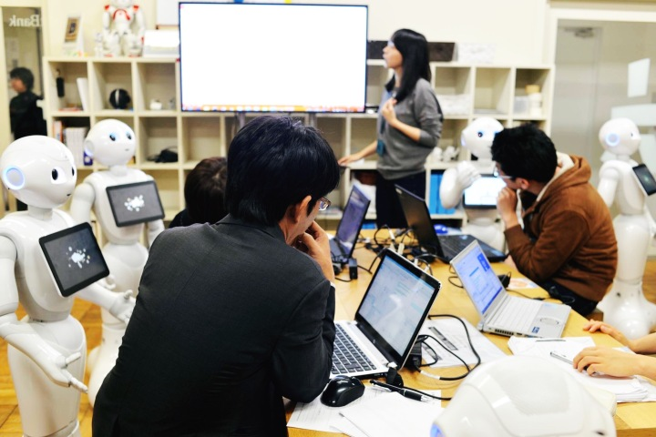 Fitchburg Game Design Tokyo 2016 robots EDIT