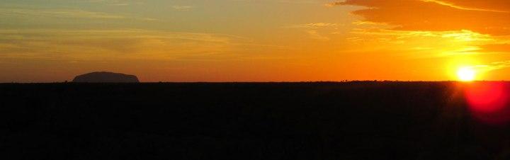uluru.australia.spring_2016.natures_beauty.uluru_sunset.Emily-Nacewicz.1
