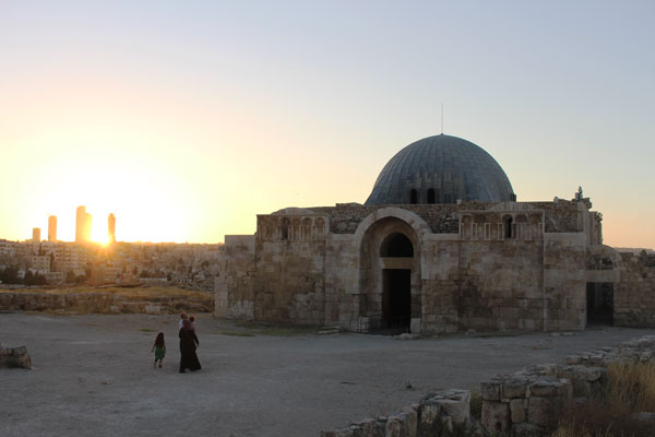 jordan-amman-spring2016-tales_of_the_city-umayyad_mosque_in_amman-andrew_faulhaber