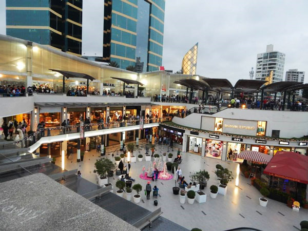 Shopping mall in Lima.